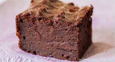Backen macht glücklich | Superschokoladige feuchte Brownies mit Roter Bete | http://www.backenmachtgluecklich.de