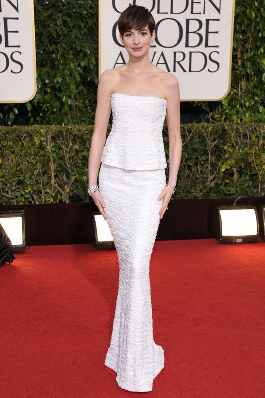 2013 Golden Globes - Best Supporting Actress – Motion Picture Winner Anne Hathaway in Chanel