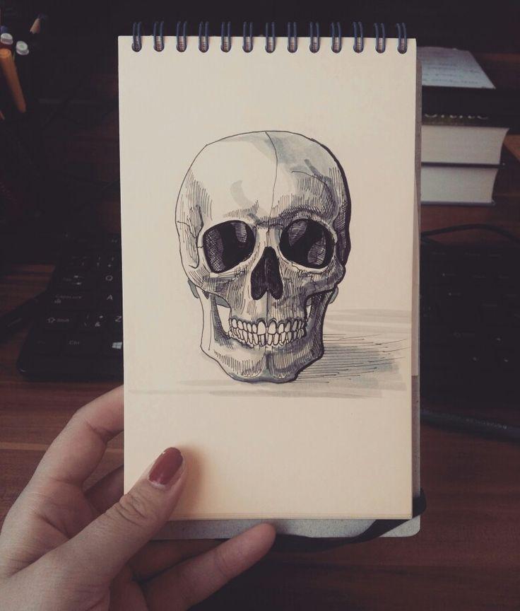 Sketch of skull Drawing Follow me on instagram @lucivavr_inkline