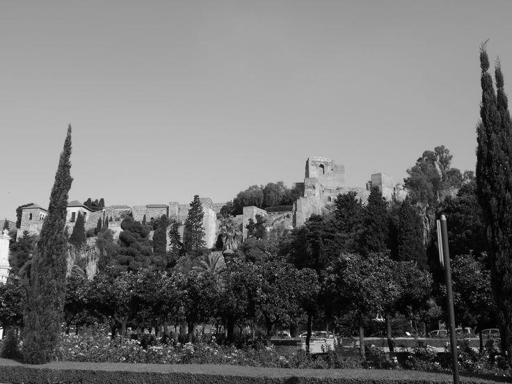 La Alcazaba desde la glorieta del General Torrijos