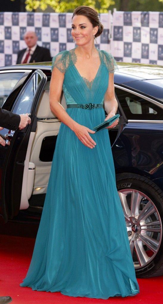 Kate Middelton Steps Out In The Updo Of Summer Kate Middleton dress – Weddingbells.ca