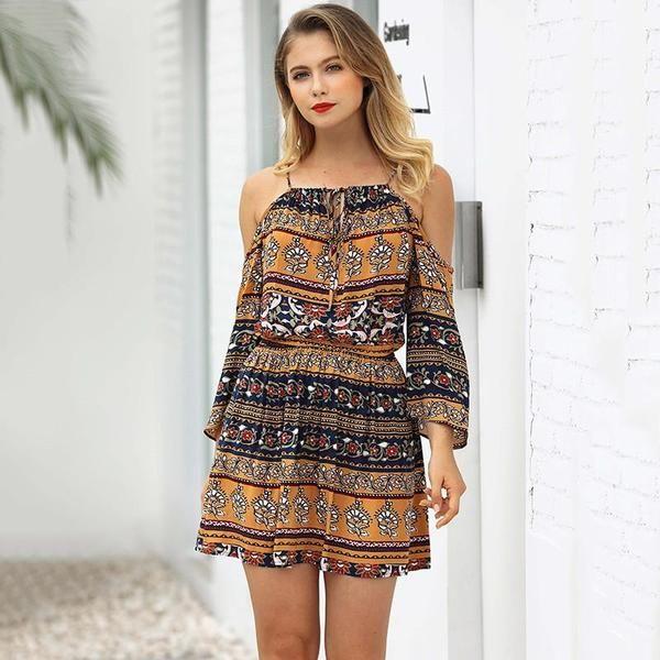 Omzu Acik Elbiseye Sac Modelleri Elbise Kadin The Dress