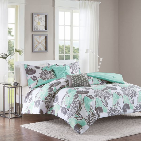 Intelligent Design Lily Aqua Comforter Set. Best 25  Aqua comforter ideas on Pinterest   Dorm comforters  Aqua