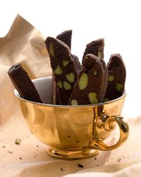 assorted Italian Christmas Cookie Recipes | Christmas Cookies, Easy Holiday Cookie Recipes | Food & Wine