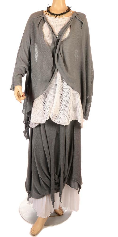 74 best clothing images on pinterest   plus size blouses, plus