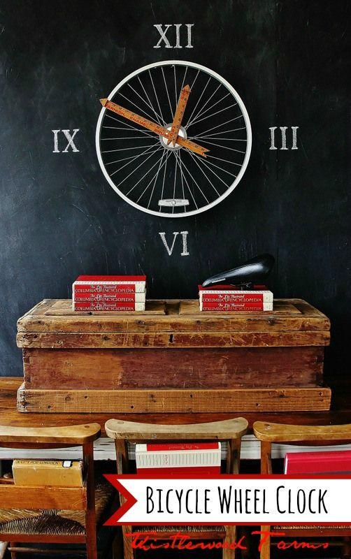 Nous allons bientôt passer à l'heure d'hiver. Pour pouvoir régler vos horloges lors de ce passage d'horaire d'été en horaire d'hiver, voici quelques idées http://www.flemarie.fr/blog/2013/10/diy-5-idees-remettre-les-pendules-lheure/