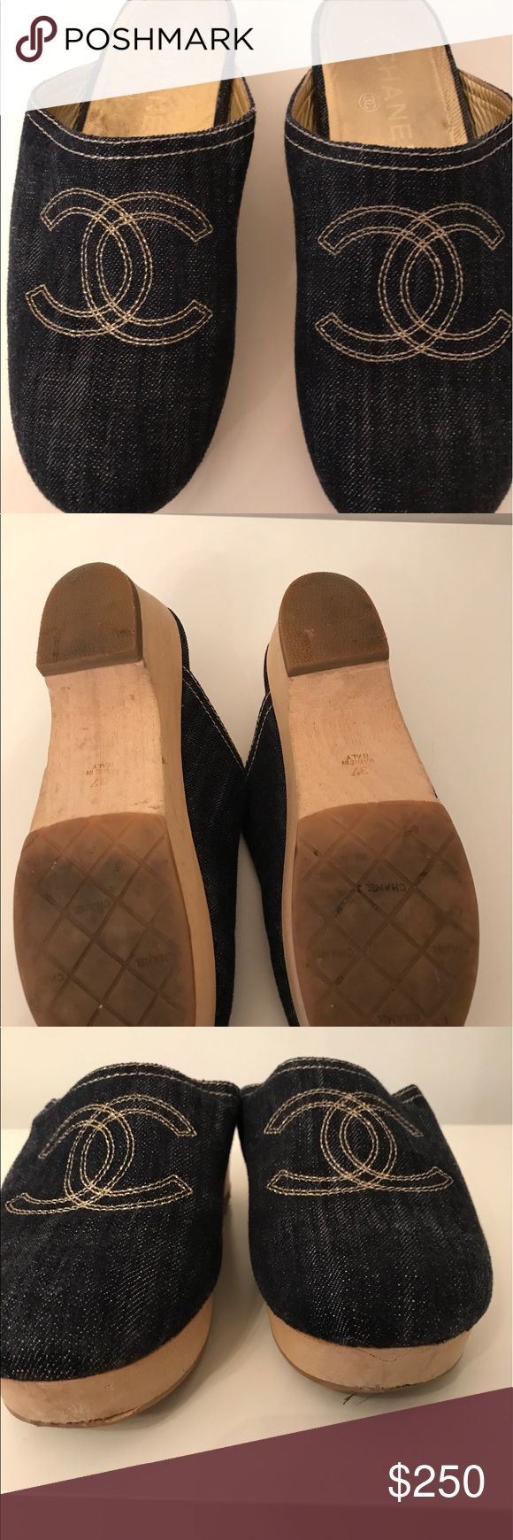 Chanel denim clogs Preowned CHANEL Shoes Mules & Clogs