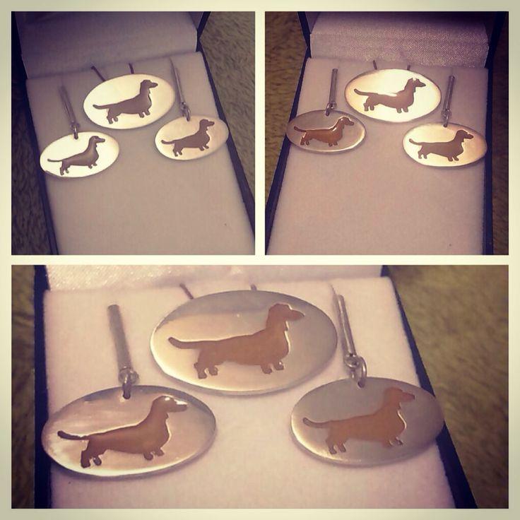 Conjunto de Colgante y Aros de Plata 950 diseño #Perro #Salchicha #dachshund #hechura #hechoamano