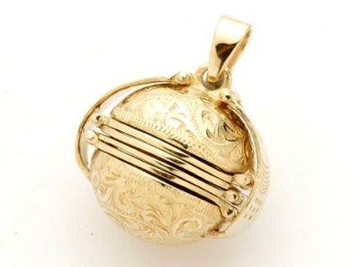 Locket - ENGRAVED DESIGN PHOTO BALL -  9ct Gold