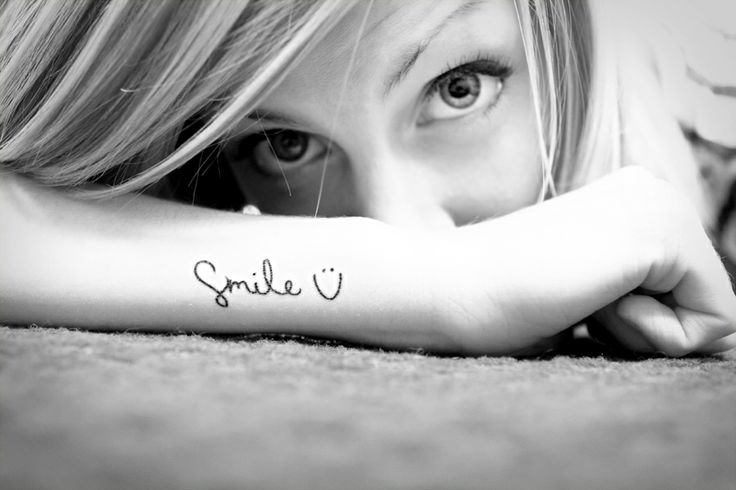 my friend Summer Leigha 's smile tattoo is adorable