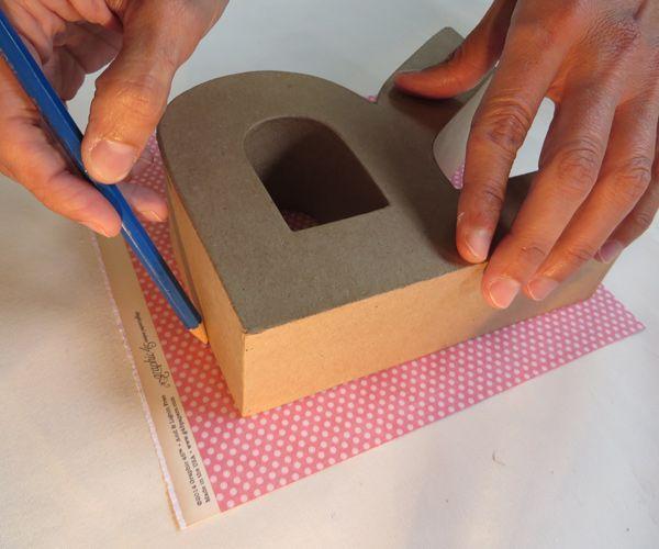 SCRAP - Decora una letra de cartón con la técnica del scrap