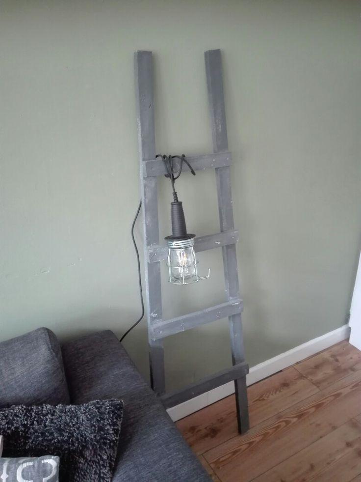 Looplamp  Praxis  Trap zelf gemaakt