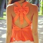 Come abbinare l'arancione: vestiti ed accessori per un orange look