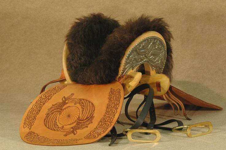 Hungarian made horse archery saddle