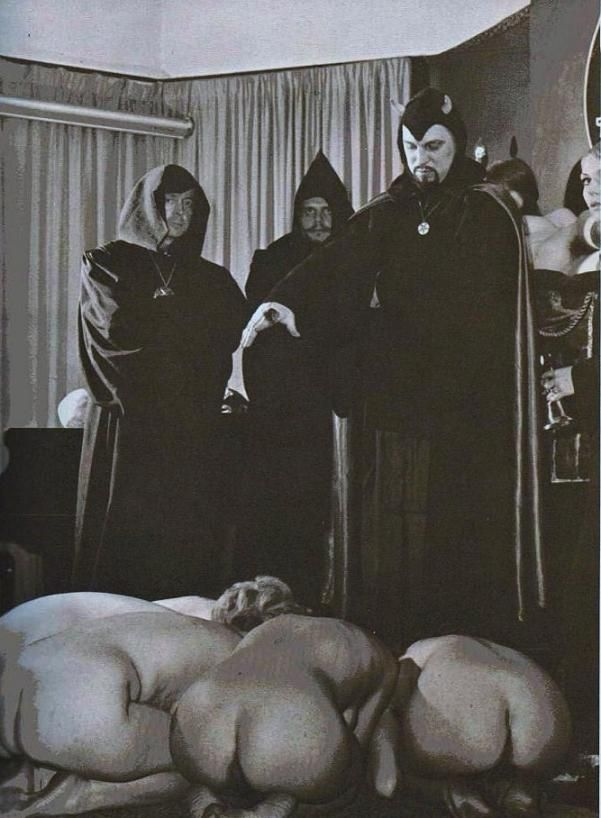Satanic naked women #15