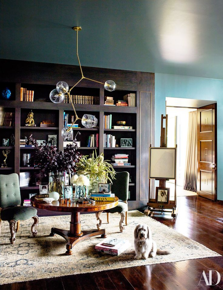 NBI LOVES is the striking Lindsey Adelman Branching Bubble Chandelier in Jennifer Aniston's Midcentury Masterpiece