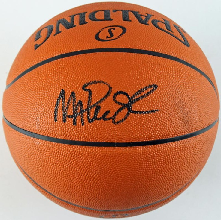 LAKERS MAGIC JOHNSON AUTHENTIC SIGNED OFFICIAL NBA BASKETBALL PSA/DNA