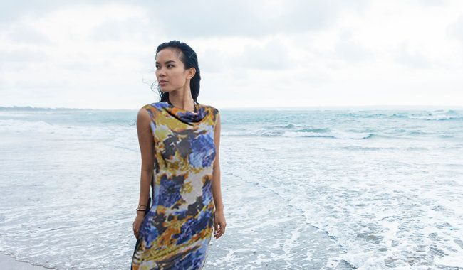Gratis patroon gedrapeerde jurk                                                        Materialen:  * Jersey ( soepel vallende stof ) (Stofbreedte: 140 cm)   - 125 cm  (...