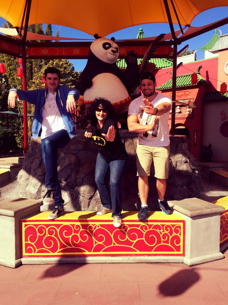 Doing the Kung Fu Panda with Darrel and Hayden #Dreamworld Gold Coast