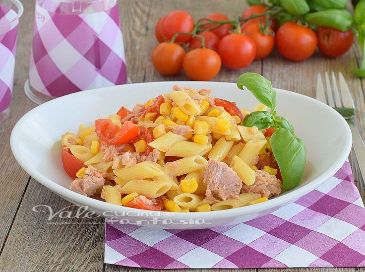 Pasta fredda con mais tonno e pomodorini, un piatto freddo estivo facilissimo e leggero, ideale con il caldo, piatto estivo, ricetta pasta fredda