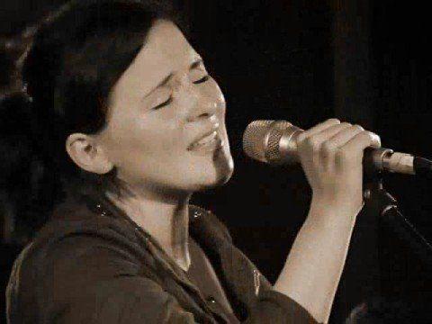 Emiliana Torrini - Hold Heart (Wispercursus - Hedendaagse dans)