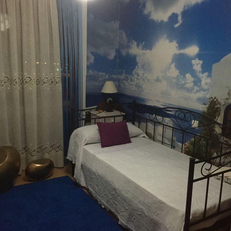 Fotomurales de Grecia, en este caso, Santorini: http://www.tusmurales.com/blog-fotomurales-baratos/17-fotomurales-instalacion-269