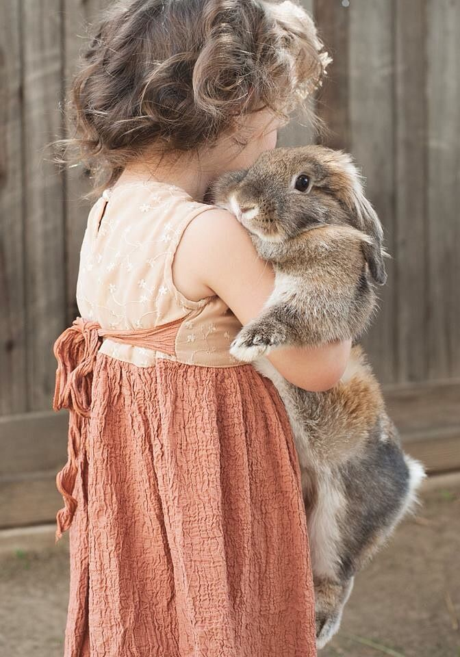 Photograph Sweet Friendship by Sarah Dupree on 500px