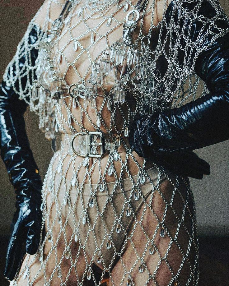 Draped in crystals and chains  via - @creepyyeha . . . . . . . #girl #beige#sparkle #wanderlust #love #warm #creepyyeha #instagood #naked #instadaily #photooftheday #detail #instagram #picoftheday #sex #nye #love #freedom #dress #chain #leather #crystals #life
