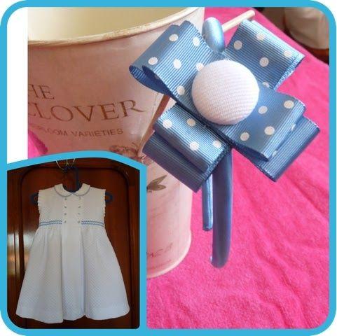 Los detalles de Loli: Diadema en tono azul a juego de un vestido