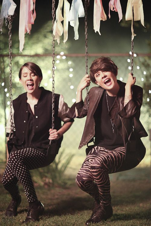 you know you love tegan and sara when you can tell in which part of the song they're in.