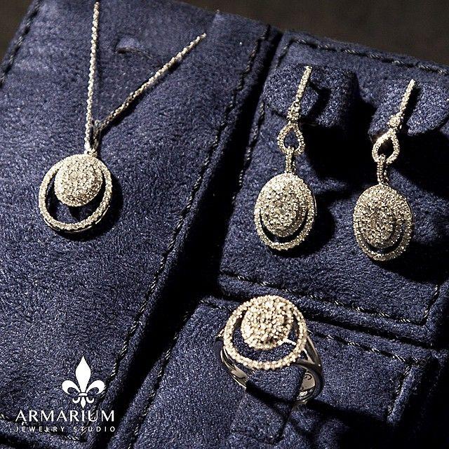 #armarium #jewelry #craftmanship #gold #quality #handcrafted #dubai #diamond #collections #ring #bracelet #necklace #mydubai #dubai #shop #couture #style #creation