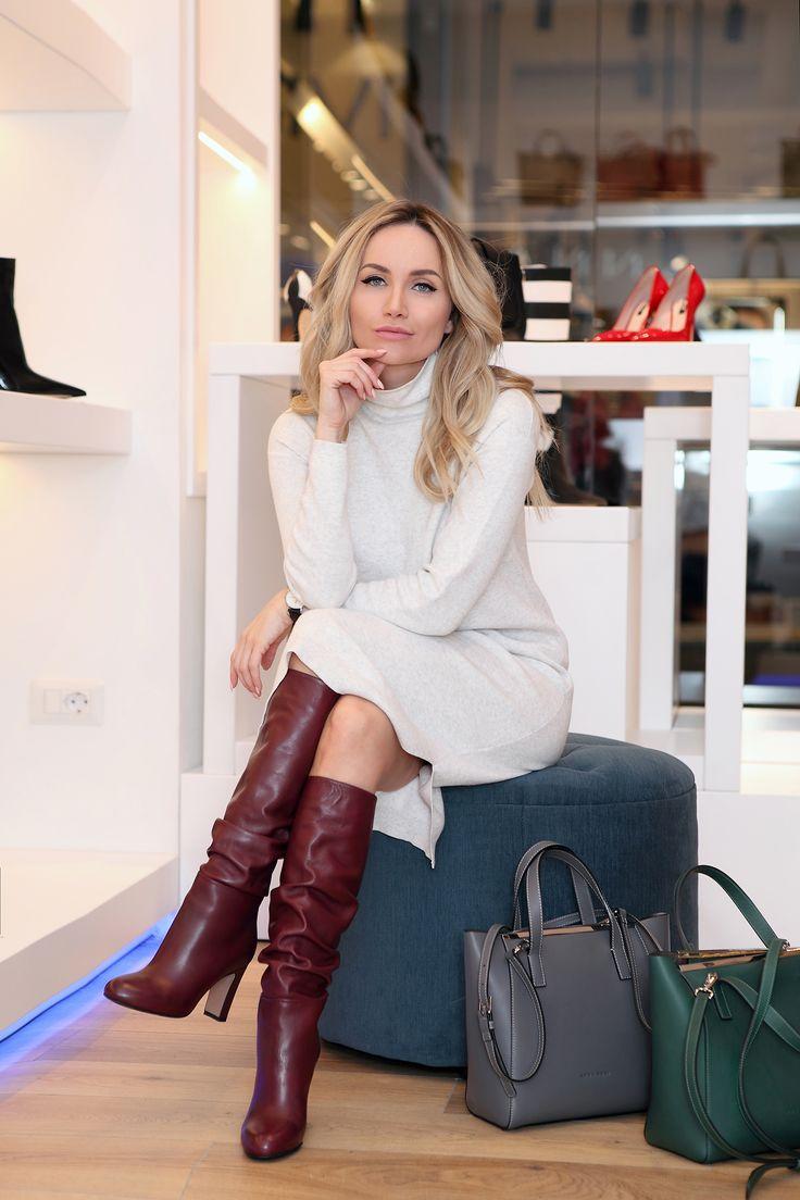#postolatieva #streetstyle #fashion  #denim #jeans #casualstyle #basic #zara #bershka #denis #stilettos #elegant #pastels #grey #annacori #parklakecenter