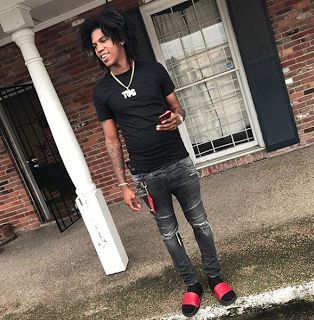 Is Gee Money Dead?  Gee Money is dead. The Baton Rouge rapper was shot and killed as he was leaving a studio session. The bullet hit him in his head and the person who shot him got away. Gee Money was beefing with fellow New Orleans rapper NBA Youngboy. The incident reminds us that rap beef can get serious a lesson we should have learned from Biggie and Tupac.  The incident occurred on Sunday September 10 2017 at 1:30 AM. The rapper whose real name is Garrett Burton was only 22-years-old…