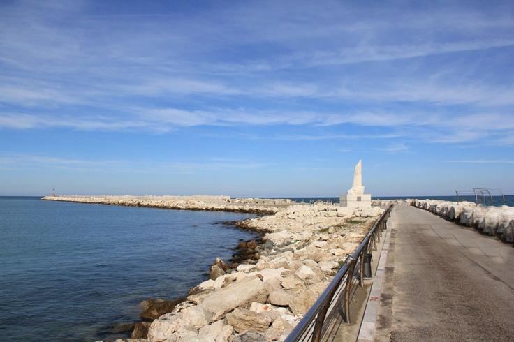 Passeggiata al molo di San Benedetto del Tronto