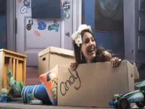 Toy Story 3: Yo soy tu amigo fiel - Aleks Syntek y Danna Paola