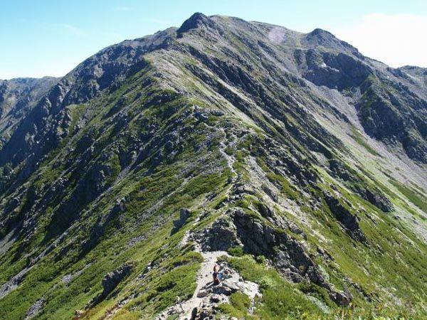 三峰岳から間ノ岳|南アルプス登山ルートガイド。Japan Alps mountain climbing route guide