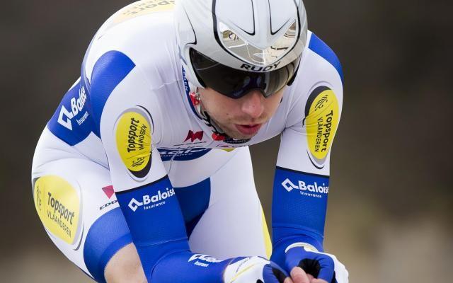 Tour des Flandres: Amaury Capiot victime d'un trait de fracture au poignet et forfait pour Paris-Roubaix -                  Conséquence de sa chute lors du dernier Tour des Flandres, Amaury Capiot souffre d'un trait de fracture au poignet, a indiqué mardi son équipe Topsport Vlaanderen-Baloise.  http://si.rosselcdn.net/sites/default/files/imagecache/flowpublish_preset/2016/04/05/984227764_B978312102Z.1_20160405151201_000_GAO6GNGNF.3-0.jpg - Par ht