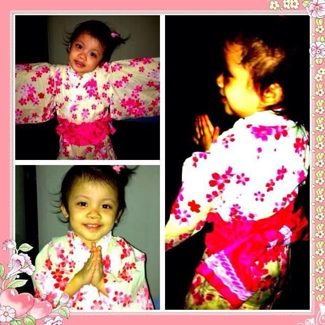 Japanese traditional summer wear - Yukata..!  :)