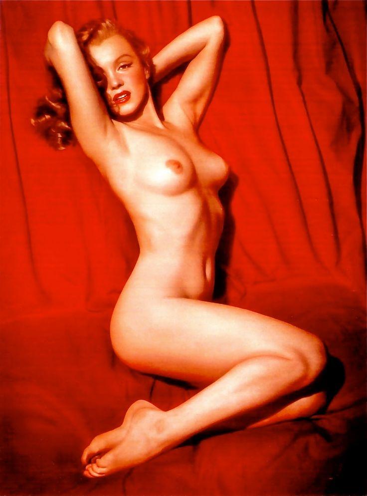 mariluyn monroes nude calendar