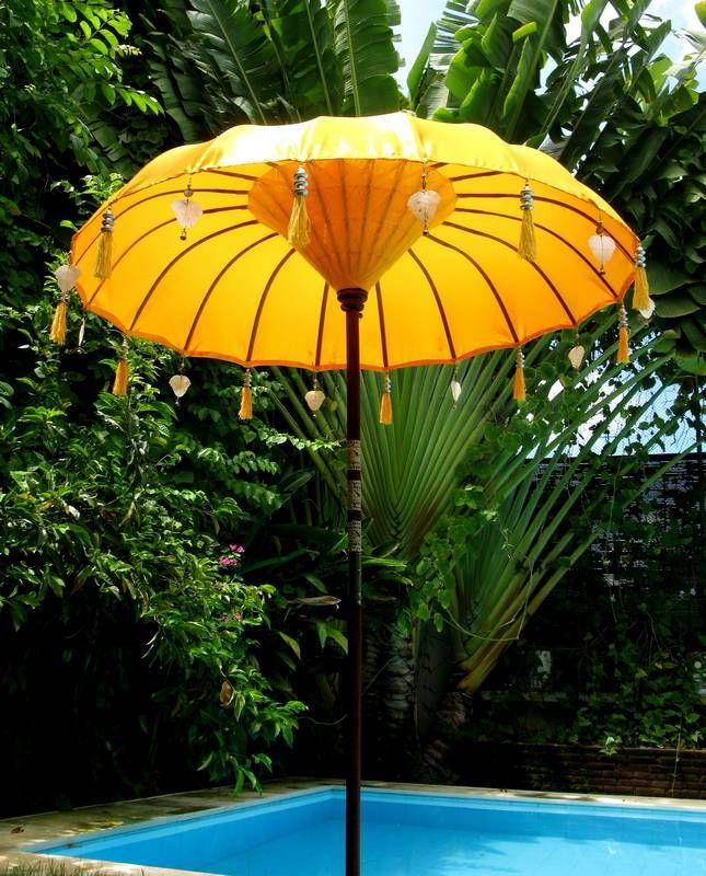 Bali Umbrella Details: Balinese Umbrellas