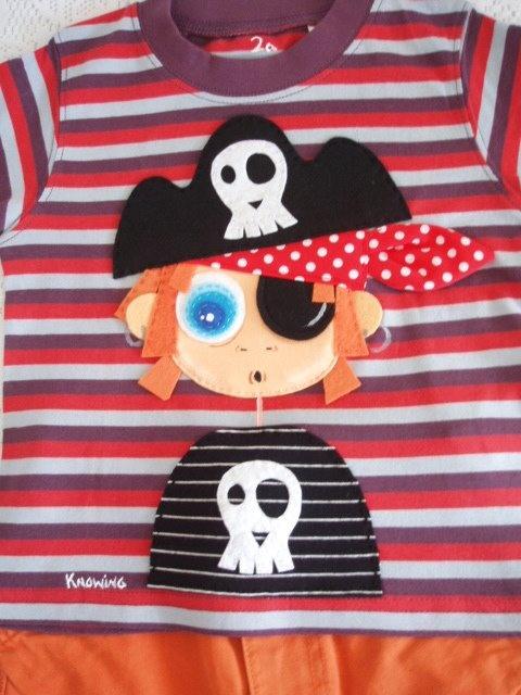 Pirate child costume detail. Patchwork Technique. Visa Knowing Design.