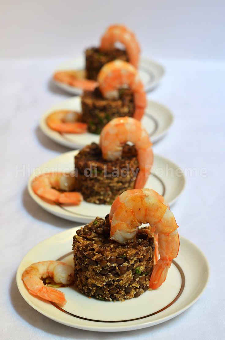ITALIAN FOOD - Antipasto con code di gamberi e lenticchie nere (Appetizer with Shrimp and Black Lentils)