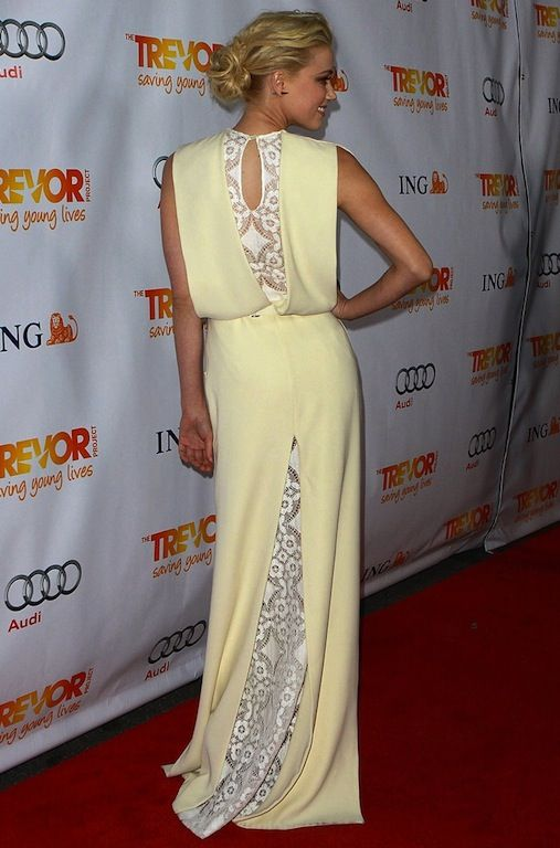 Amber Heard in a gorgeous Alessandra Rich gown, the back is a total head-turner <3
