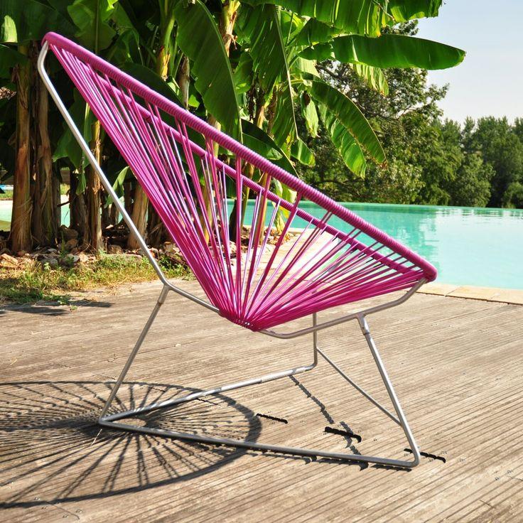 Fauteuil pour l'extérieur ou l'intérieur Acapulco de la marque française Boqa. Fabriqué en France, cette chaise longue design en forme de poire s'invitera partout cette été ! En terrasse ou dans un jardin, avec ses nombreuses couleurs elle plaira à tout le monde. #design #boqa #acapulco #outdoor #exterieur #pool #piscine #terrasse #garden #jardin #inspiration #summer #ete