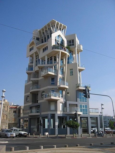 Tel Aviv, Israel . . This is the strangest building I've ever seen. couldn't figure out the roofline!  I think the top is a helopad.
