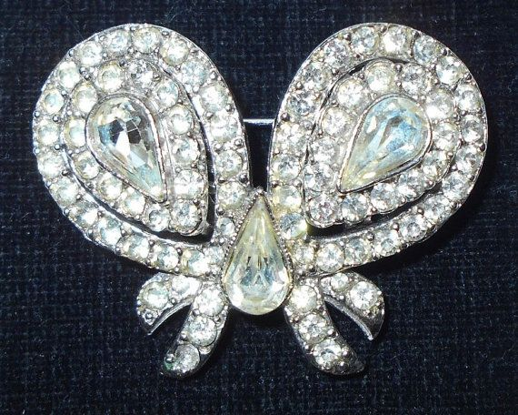 Rare Duette/Truette Rhinestone Bow Brooch and by SmokyPearls