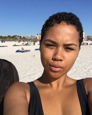 This natural beauty. | 17 Stunning Women Who Make 'The Big Chop' Look So Damn Good