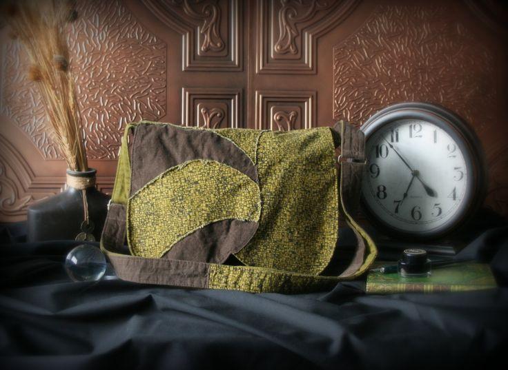 Sac messager bohème - Sac à bandoulière - Sac à main kaki et brun de la boutique Mafelou sur Etsy