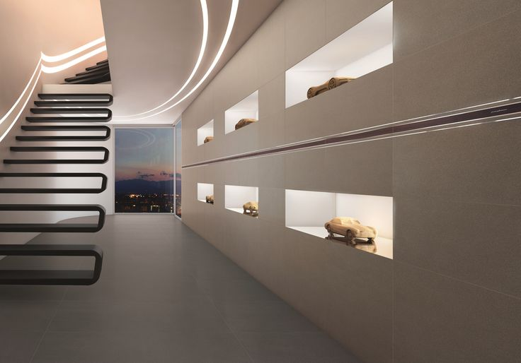 Ceramica, vetro, metallo. Sensazioni che si incontrano, in una collezione unica.