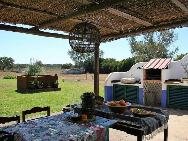Aluguer de casa rústica para férias no Cercal do Alentejo - Alpendre e zona de churrasco